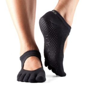 toesox womens grip full toe bella yoga socks black