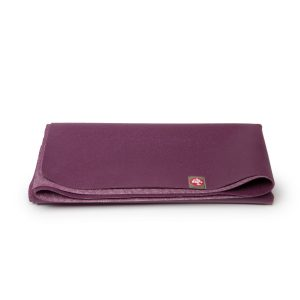 manduka eko superlight acai travel yoga mat