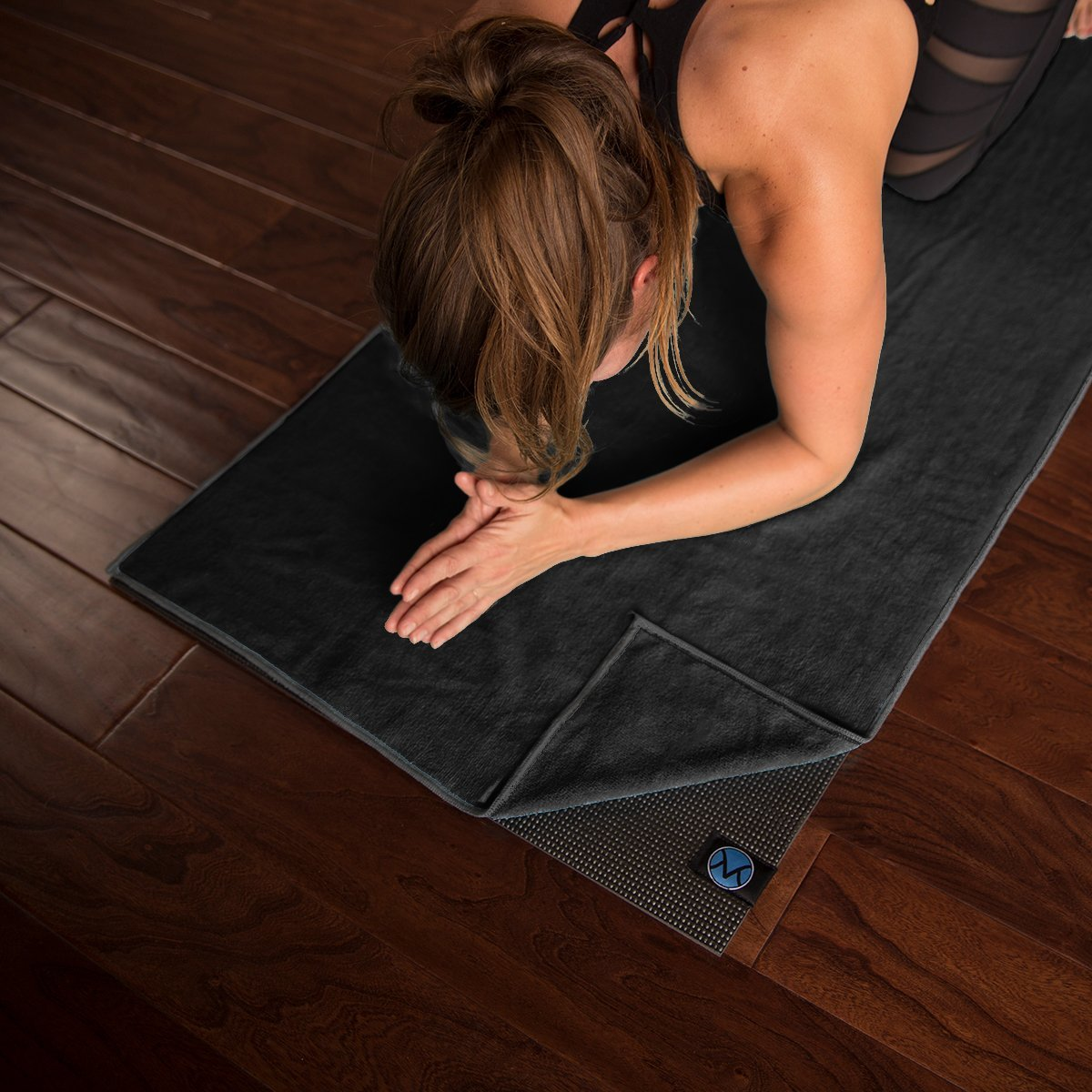 youphoria black yoga mat towel with gray stitching