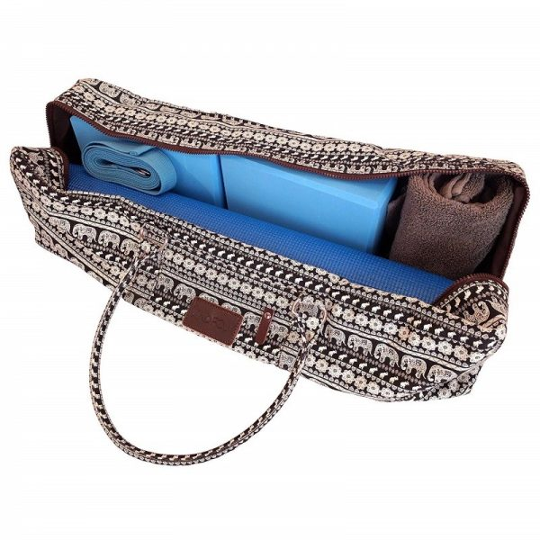 the kindfolk yoga mat duffle bag is big enough to fit mat, strap and blocks